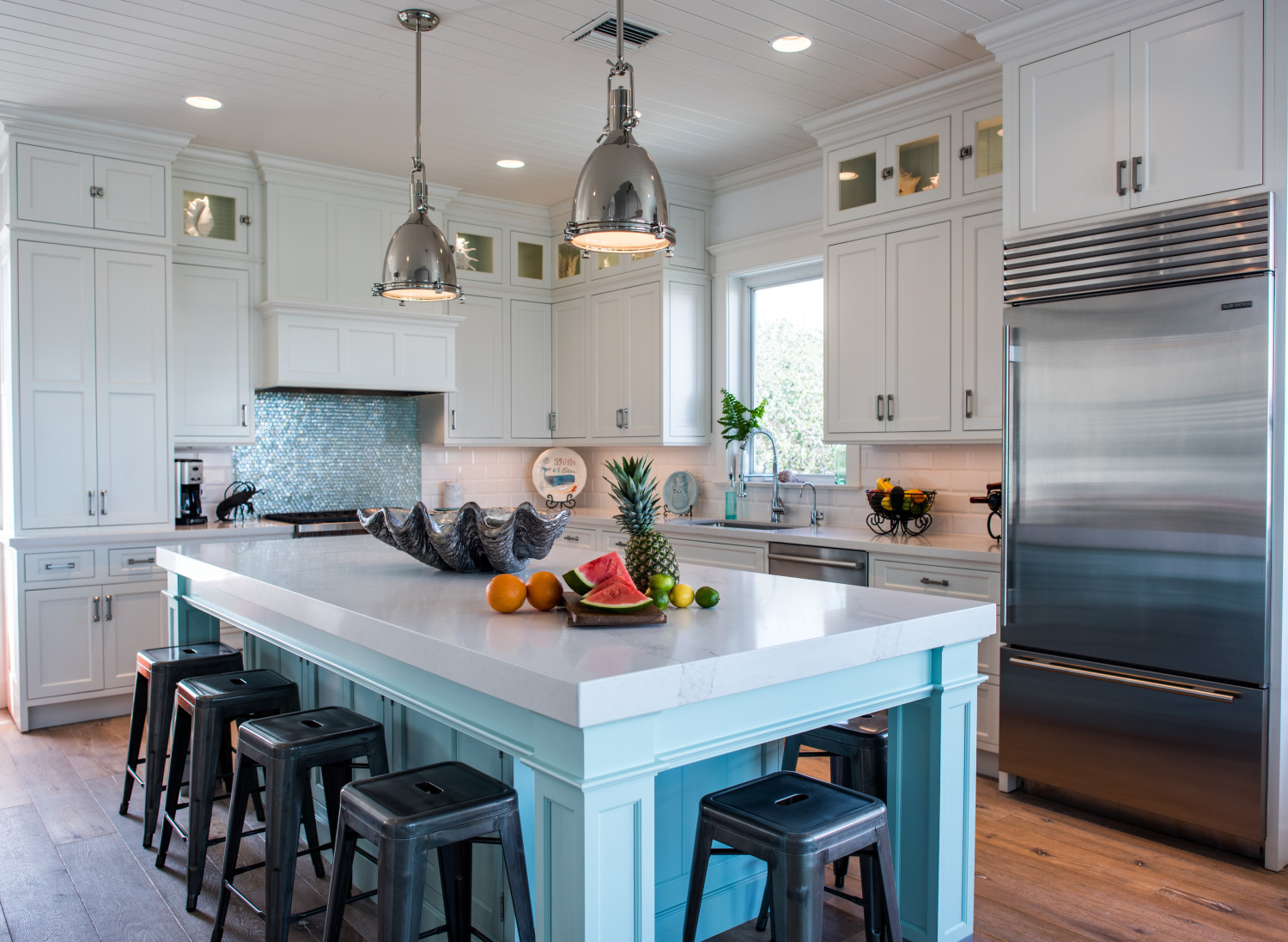 Beachy Coastal White Kitchen With Driftwood Floors