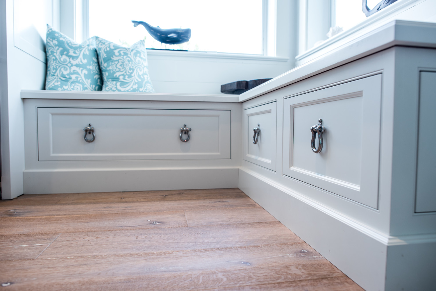 Inset White Window Seat With Marine Hardware - Waterview Kitchens